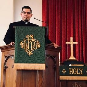 Pastor Angelo Collar.jpg